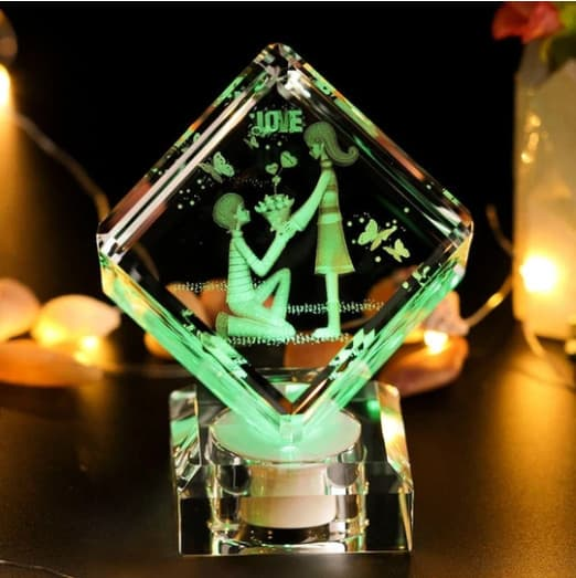 Customized 3D Engraved Crystal Cube Renwick Crystal