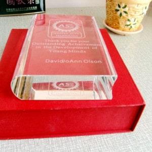 Customized Book Trophy Crystal Award Renwick Crystal